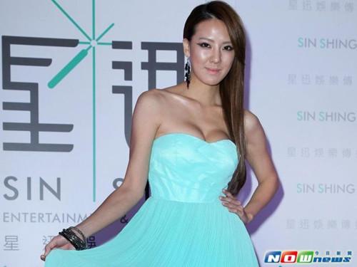 台女星刘雨柔被曝陪睡价网上发文怒呛下地狱