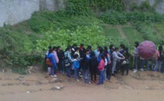 学生打架斗殴视频_学校女生打架视频_黑社会女打架斗殴视频