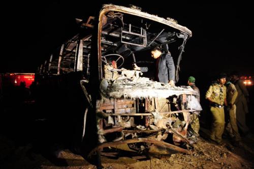 巴基斯坦车祸死亡人数攀升至57人多人烧伤严重