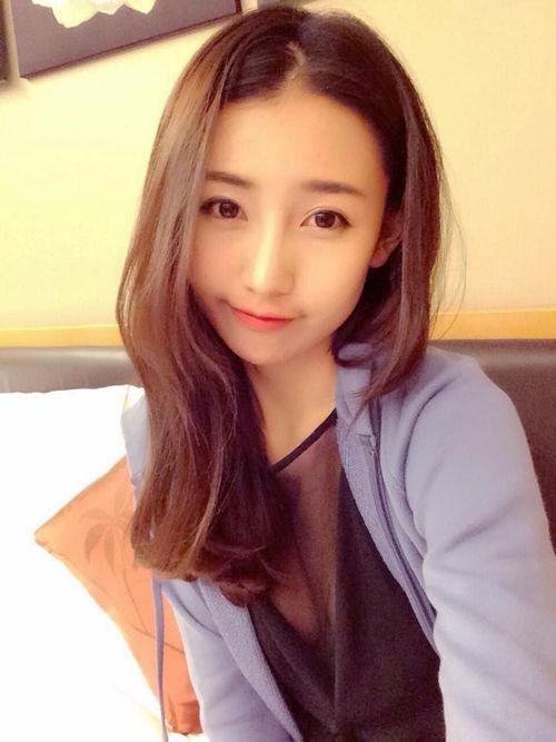 马来妹明祯选美姐姐林诗枝爆红 母女全是大美