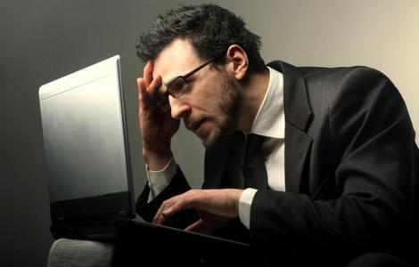 预防颈椎病复发需少用电脑多运动