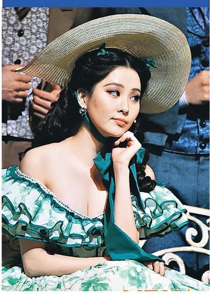 少女时代徐贤穿性感低胸装身材丰满皮肤白皙(图)