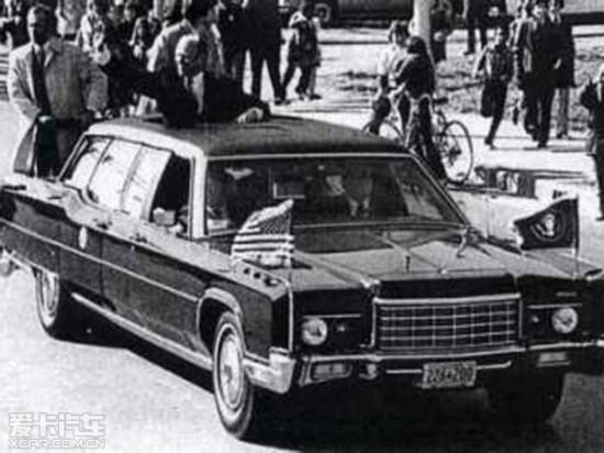 1972年款林肯大陆加长版豪华轿车