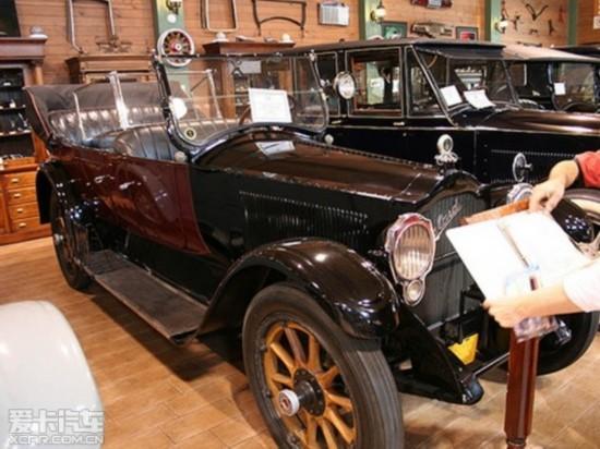 Packard Twin-Six