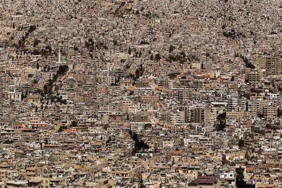 摄影师航拍全球人口超载城市全景图