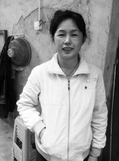 海口:丈夫患有糖尿病 她照顾瘫痪公公19年