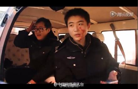 河北霸州百余名非法传销人员手持石头袭警