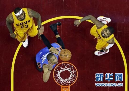 NBA常规赛:雷鸣队98-108不敌骑士队
