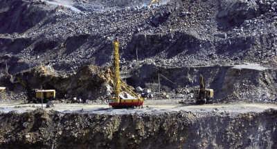 中国民企接管格陵兰铁矿目的存疑分析称不是赚钱项目