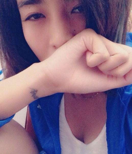 中国女足门将赵丽娜走红 性格狂野爱玩摇滚