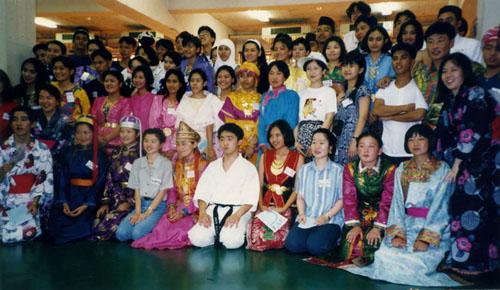 中国边远赴日高中生年度研修(1994法则)洛必达高中地区图片