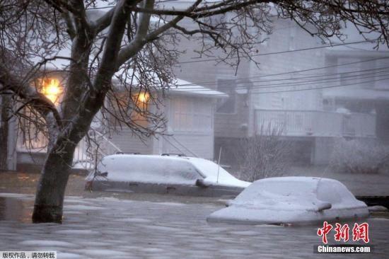 暴风雪袭美东北局部降雪90厘米灾区展开善后(图)