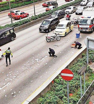 香港运钞车掉钱案续:老人私吞6千被检控定罪