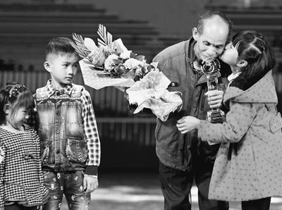海南省建立健全善举保障机制 努力发掘宣传