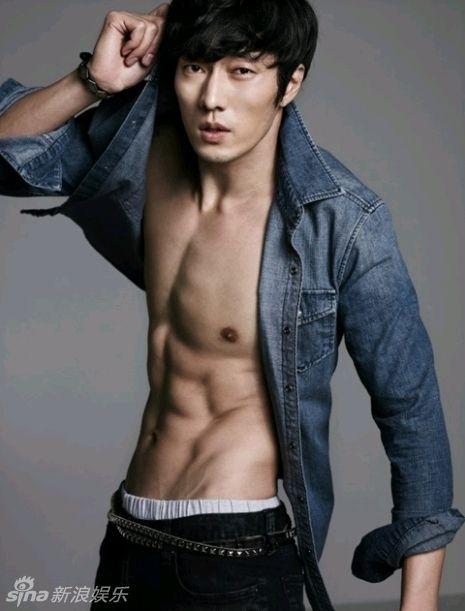 权志龙金在中尼坤朴施厚 韩国男星衣下的喷血身材