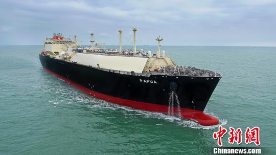 中国建造最大LNG船扬帆起航边检开启绿色查验通道