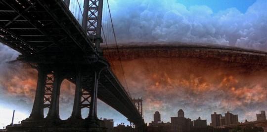 球的图景.外星飞船穿过云彩出现在人们眼前,星际战争一触即发.-