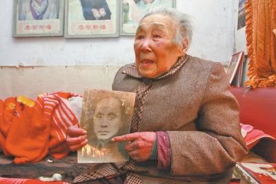 国共双重党员被日军杀害未评烈士遗孀诉民政局