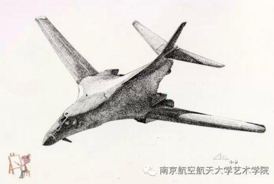 南京航空航天大学女生手绘军机惊呆网友