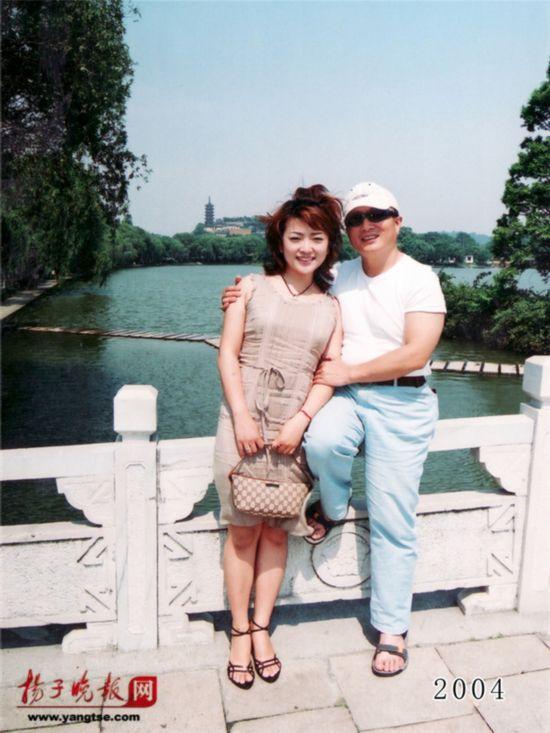 镇江一对父女连续35年同地点拍照留影演绎父爱传奇(组图)【25】