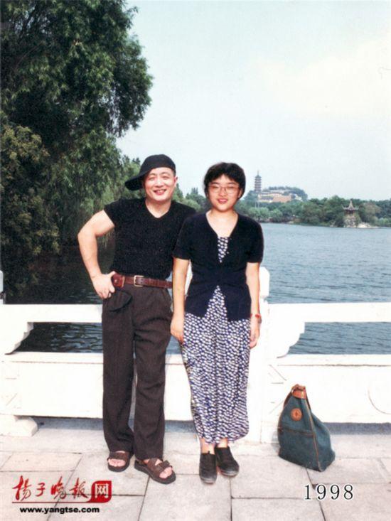 镇江一对父女连续35年同地点拍照留影演绎父爱传奇(组图)【19】
