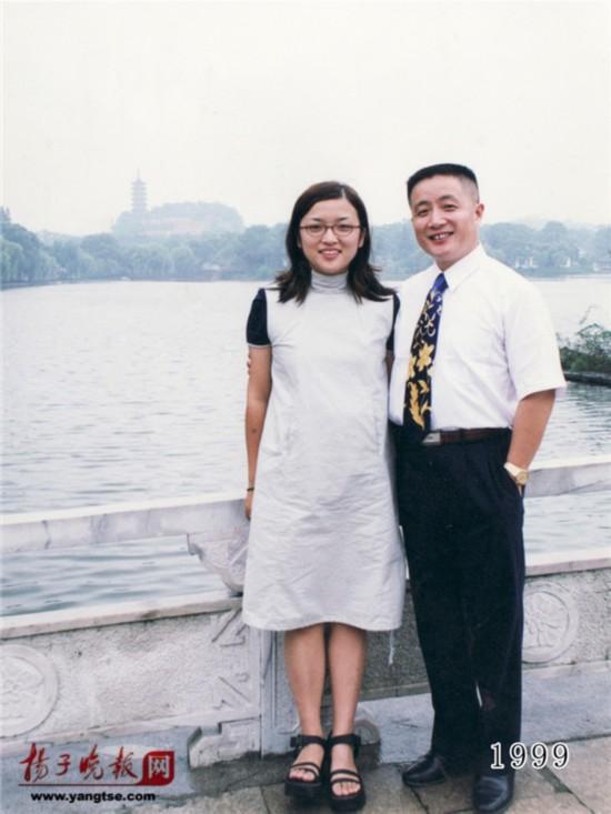 镇江一对父女连续35年同地点拍照留影演绎父爱传奇(组图)【20】