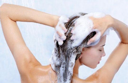 五种洗头方式超级毁健康