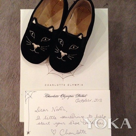 Charlotte Olympia猫咪图案平底鞋