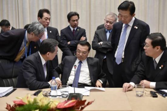 李克强总理在塞尔维亚出席第三次中国—中东欧国家领导人会晤,-图片