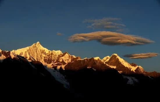 中国10大最美雪山 能走完一生不留遗憾了!