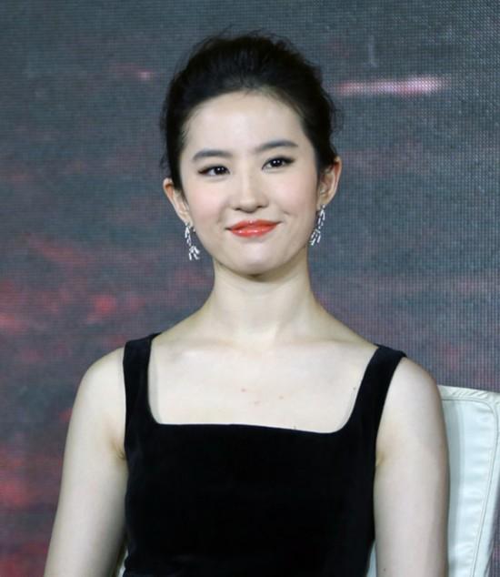 刘亦菲唐嫣杨幂 女星示范不同脸型的最优发型图片