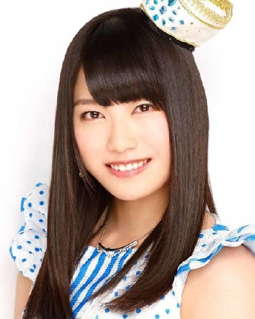 akb48核心_AKB48成员横山由依为首本写真集举行纪念活动_天津在线