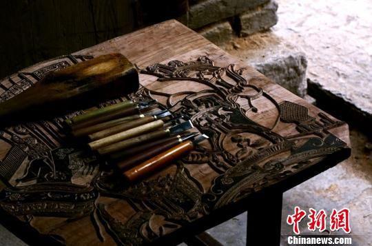 图为木版年画工具。 陈语 摄