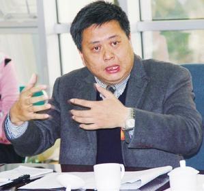 黄桂提:把大专及以上学历作选村支书的条件