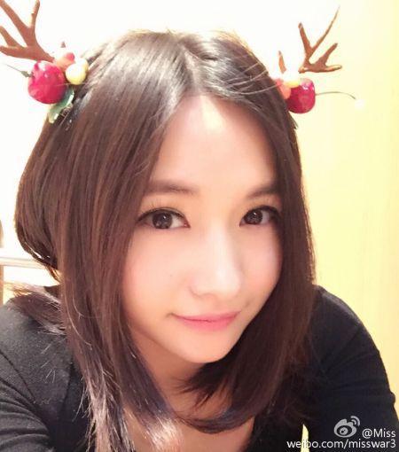 图片来自韩懿莹微博@Miss 韩懿莹 游戏ID:Miss,1988年5月21日出生