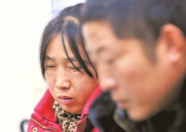 找不到女兒,小王的父母傷心難過。