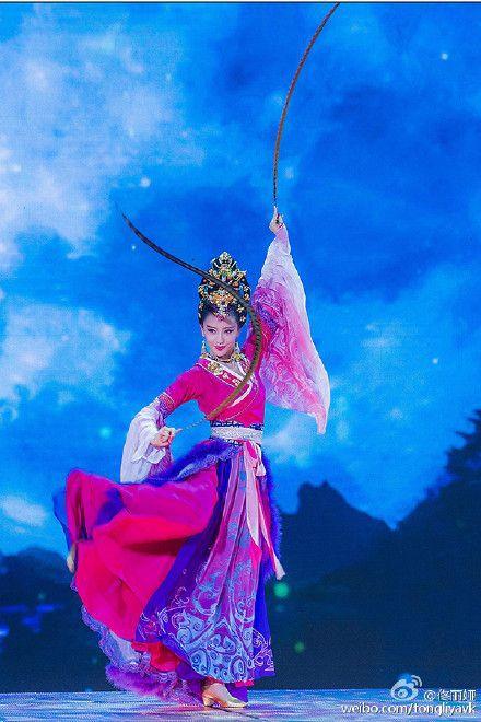 佟丽娅亲证无缘央视春晚:想实现一次人生的梦想
