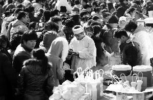 北京两大庙会昨日客流接近27万人次