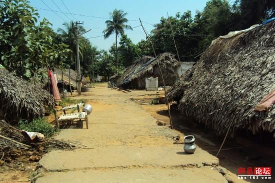 穿行破败不堪的印度农村【2】
