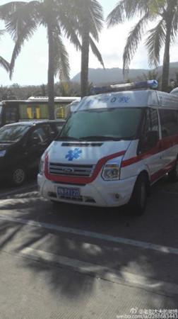 河南救护车被曝现身海南景区 网友疑公车私用