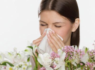 9招防春季过敏 慢点吃东西、睡前洗洗头、出门