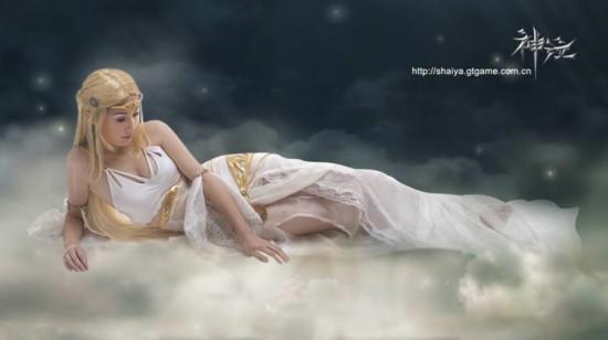 古装白衣花样美男与清纯美女PK经典白衣COS