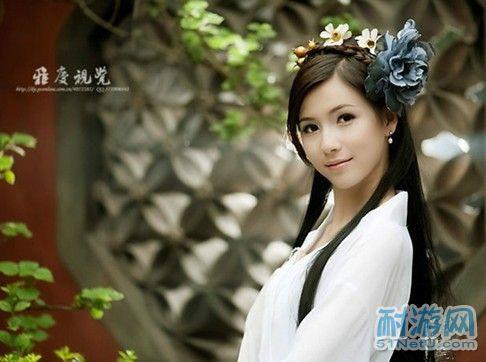 古装白衣花样美男与清纯美女pk经典白衣cos图片