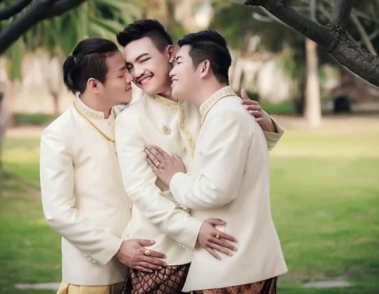 全球首例:泰国同性恋者举行三人婚礼(图)【3】