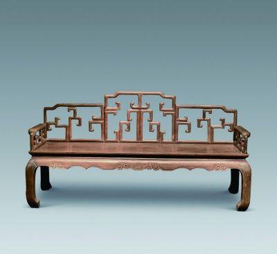 新中的红木家具