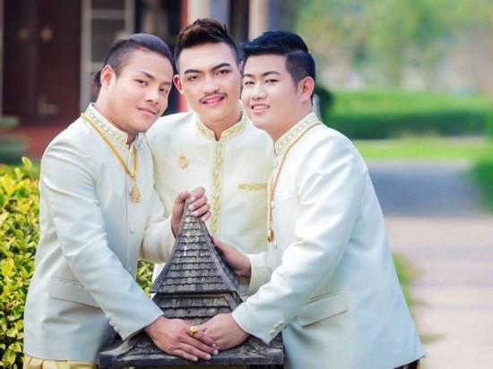 全球首例:泰国同性恋者举行三人婚礼(图)【4】