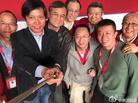 中国最有钱人竟也爱自拍 看中国最任性自拍