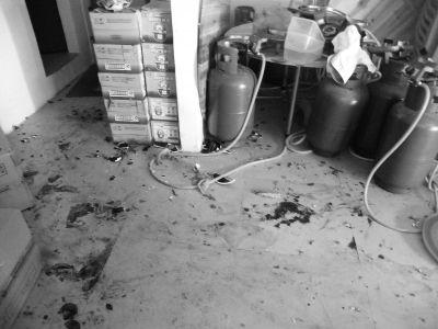 2饭店老板因琐事起冲突 双方共4人受伤住院