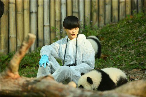 《奇妙的朋友》熊猫馆川妹子李宇春遭调侃
