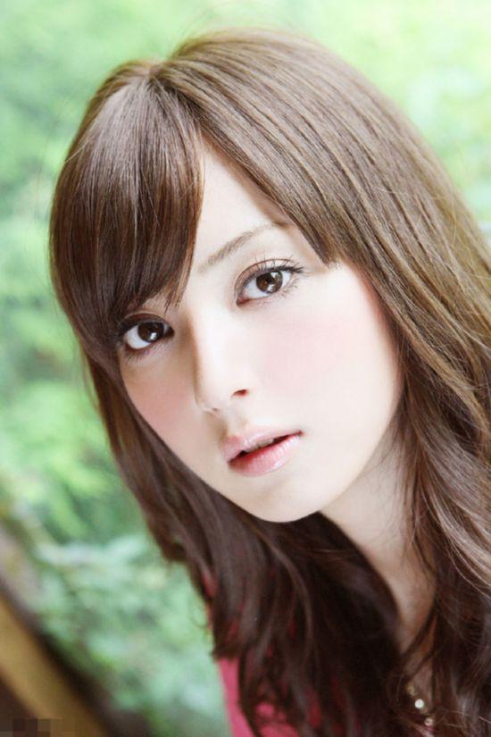 日本第一美女佐佐木希曝童年照 怒斥整容传闻